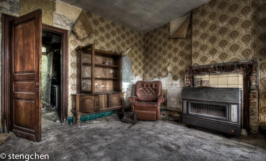 Εγκαταλελειμμένο σαλόνι