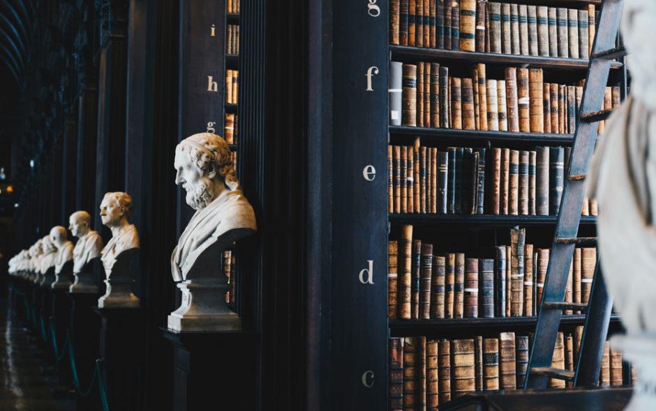 Mικρή Ιστορία της Λογοτεχνίας του John Sutherland