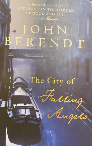 The city of fallen angels του John Berendt